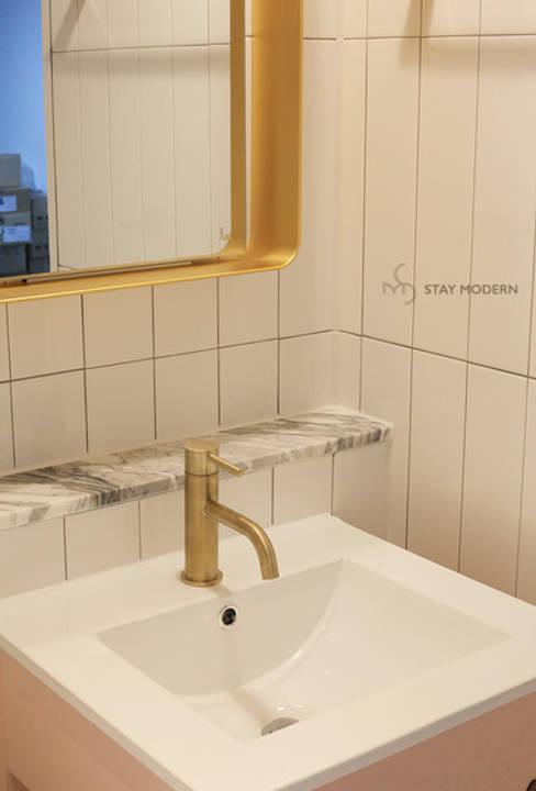 >>자녀방 화장실: 스테이 모던 (Stay Modern)의  욕실