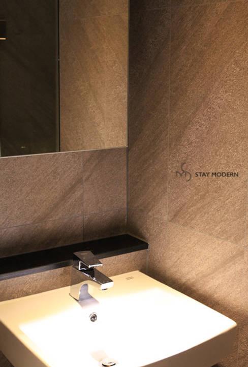 >>복도 화장실: 스테이 모던 (Stay Modern)의  욕실