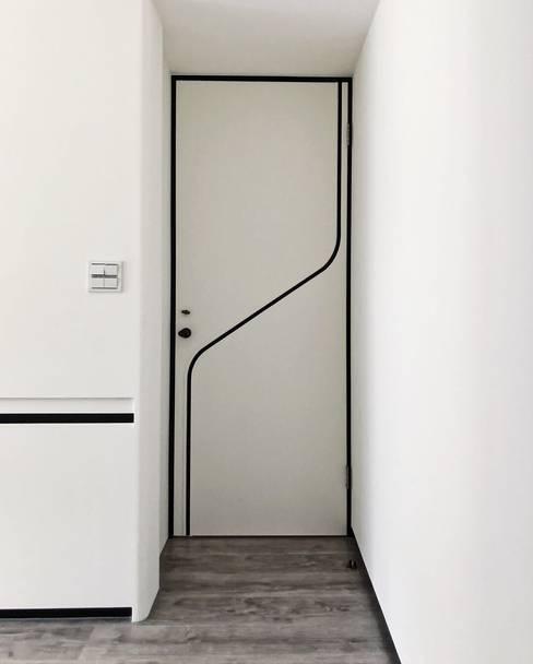 ประตูในบ้าน by On Designlab.ltd