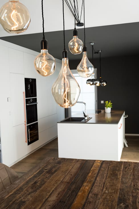 Dining room by hysenbergh GmbH | Raumkonzepte Duesseldorf