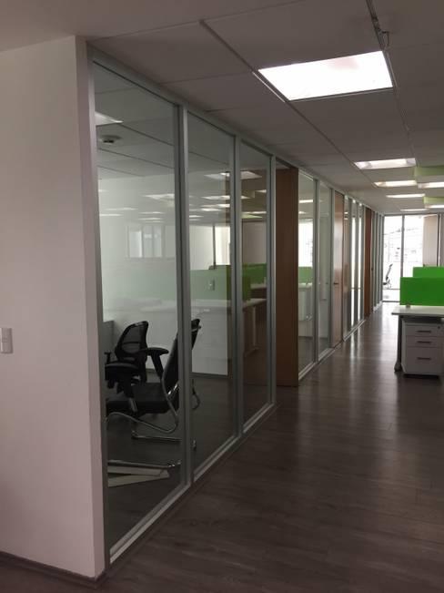 Study/office by BP construcciones & acabados