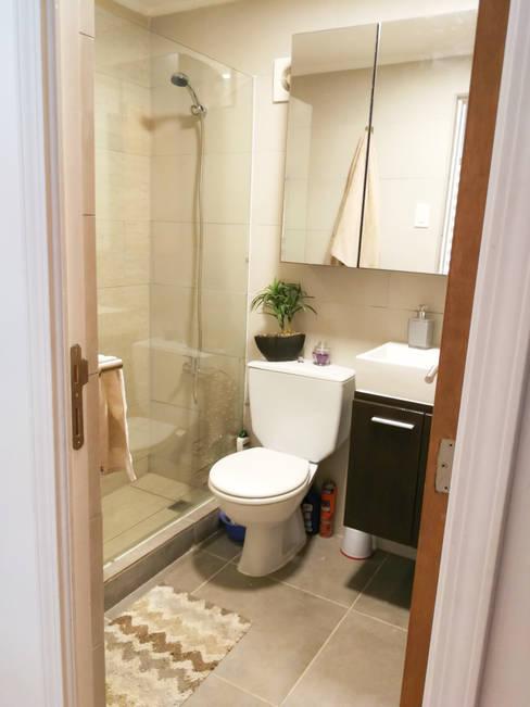 Remodelación baño pequeño: Baños de estilo  por Lagom Studio
