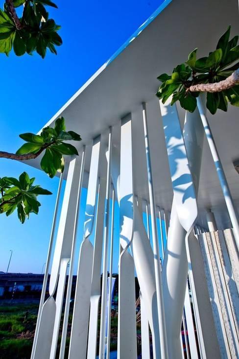 景觀設計 | 白色方盒建築:  花園 by 大桓設計顧問有限公司