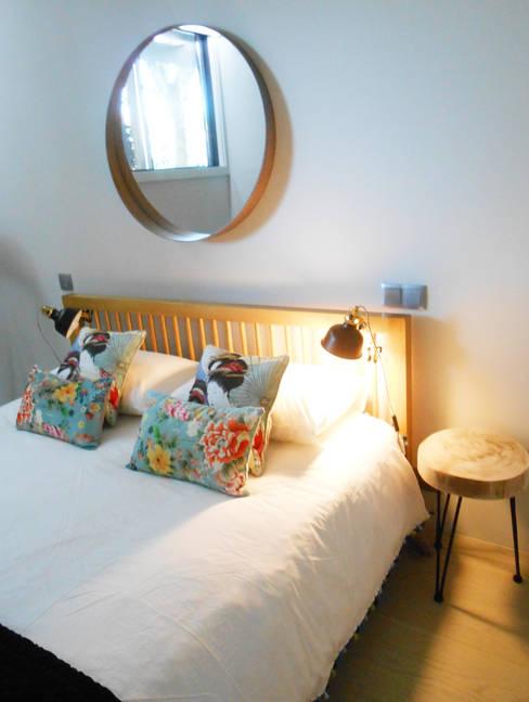 Evolução de quarto de hóspedes na Foz do Douro: Quartos  por Tangerinas e Pêssegos - Design de Interiores & Decoração no Porto
