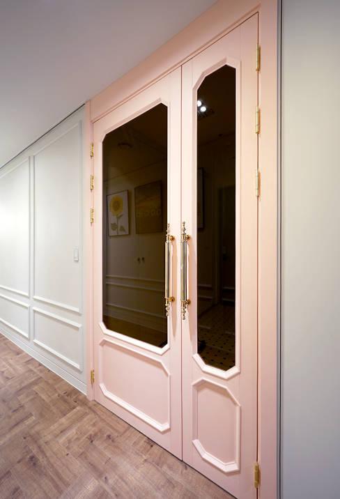 Corridor, hallway by 디자인 아버