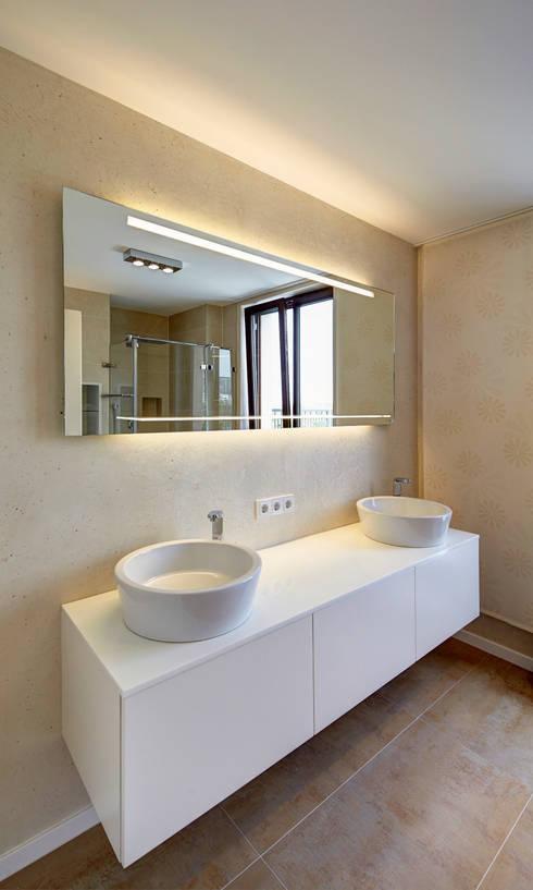 Penthouse Mülheim:   von Raumgespür Innenarchitektur Design