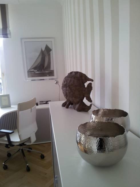 Gestaltung der Büros und Aufenthaltsräume der Mooon GmbH:  Arbeitszimmer von homify
