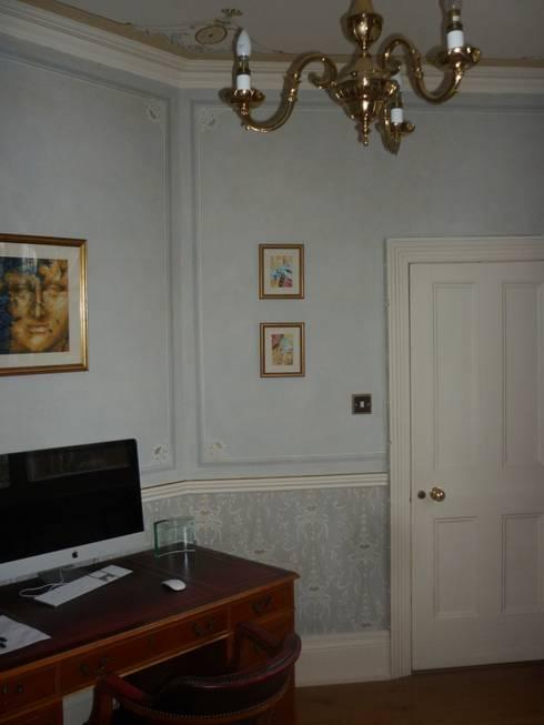 Büro in einer Privatklinik:  Arbeitszimmer von Wandmalerei & Oberflächenveredelungen