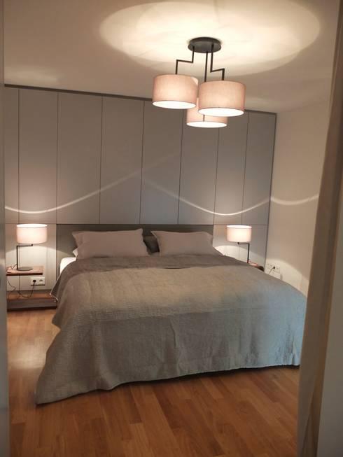 Schlafen: moderne Schlafzimmer von berlin homestaging