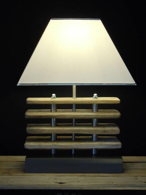 Extravagante Tischleuchte:   von Chiemseedesign-living gallery
