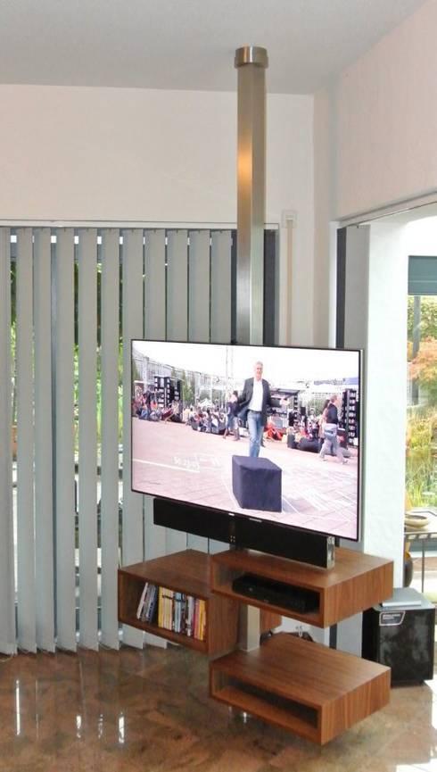 Multimedia room by Edelstahl Atelier Crouse - Stainless Steel Atelier