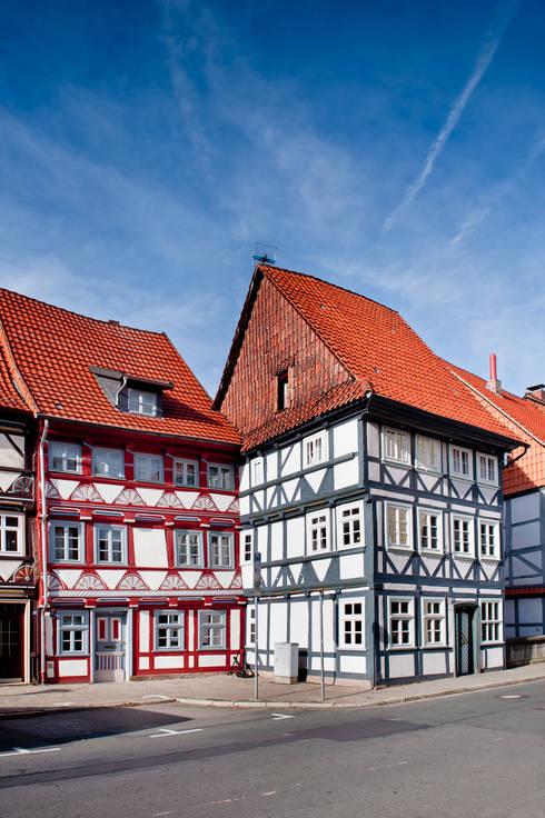 hochwertige Malerarbeiten:  Häuser von Gebr.Lechte HWP GmbH Malerfachbetrieb