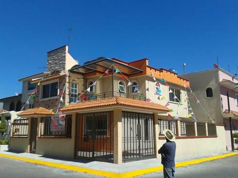 Culminación de la Casa Azahares: Casas de estilo rústico por DD Arquitectos