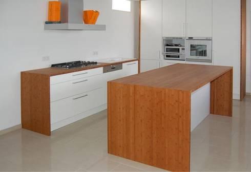 k che von l ttgen gmbh homify. Black Bedroom Furniture Sets. Home Design Ideas