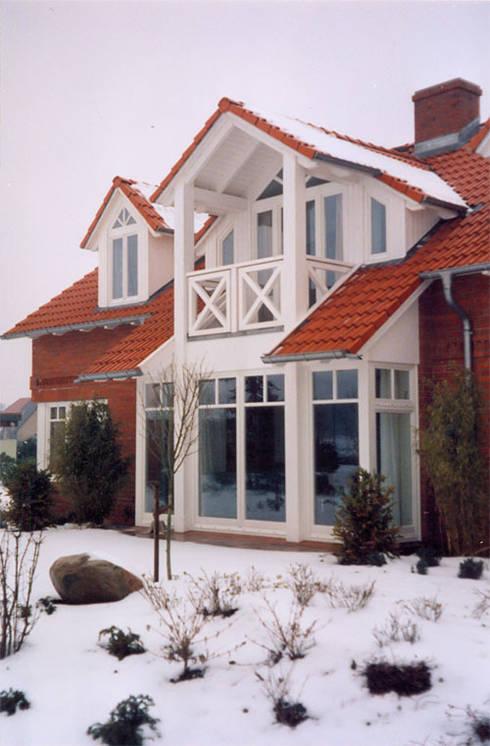 Einfamilienhaus in Fockbek:  Häuser von Erck-Design