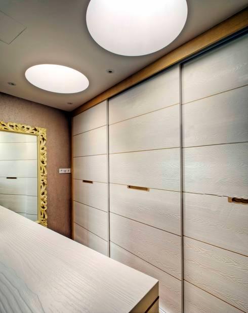 Dressing room by  baustudio kastl