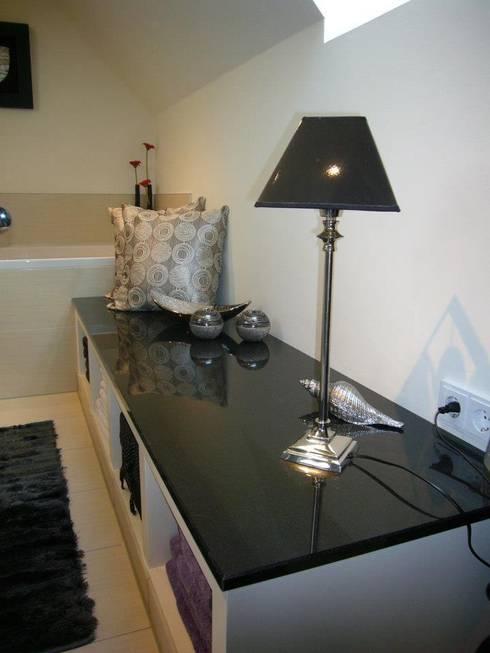 bad mit dachschr ge und dampfdusche von badkultur berlin. Black Bedroom Furniture Sets. Home Design Ideas