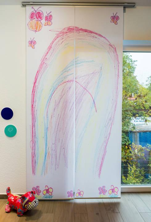 Fotovorhang für das Kinderzimmer:  Fenster & Tür von fotokasten GmbH