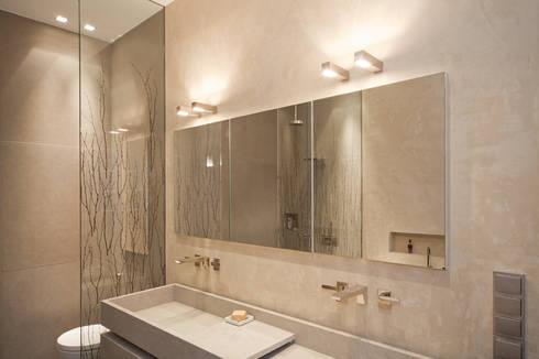 badezimmer mit mineralputz veredelt von einwandfrei innovative malerarbeiten ohg homify. Black Bedroom Furniture Sets. Home Design Ideas