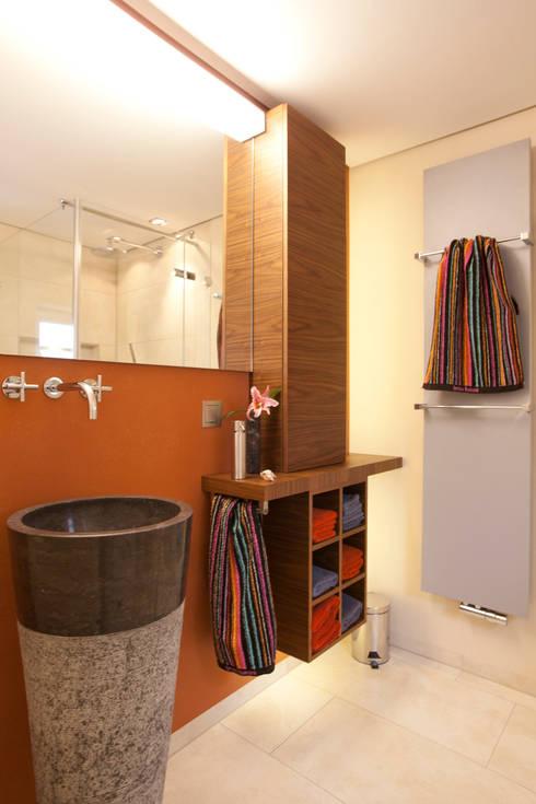 Salle de bain de style de stile Rural par Design by Torsten Müller