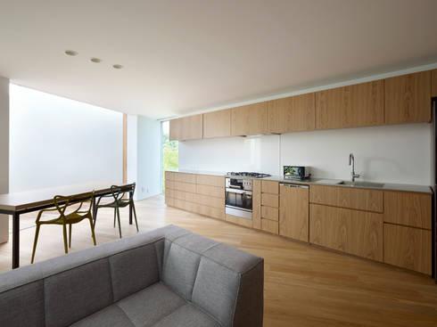 キッチン: 小泉設計室が手掛けたキッチンです。
