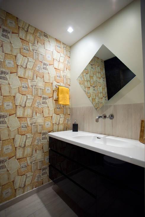 Vivienda en Granallores: Baños de estilo  de Silvia R. Mallafré
