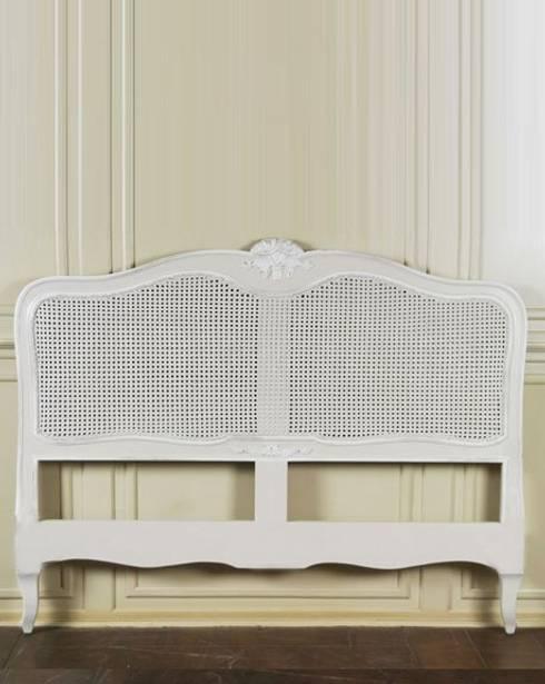 Colección II Bed: Dormitorios de estilo clásico de The best houses