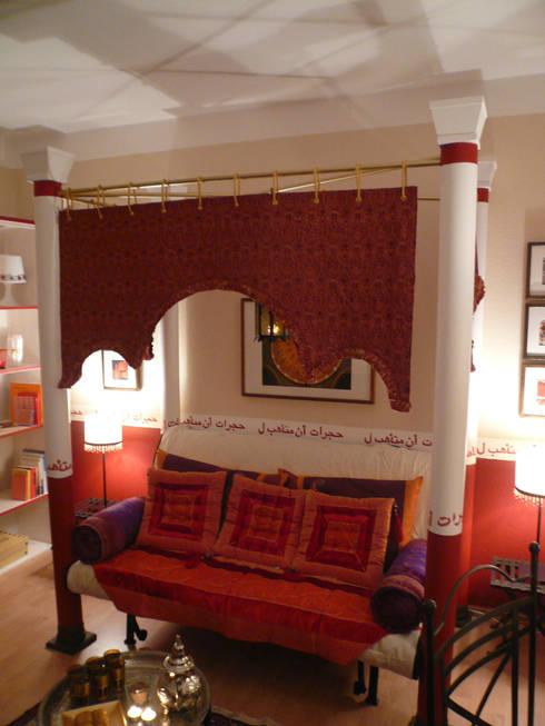 Orientalisches Bettsofa: ausgefallene Wohnzimmer von Innenarchitektin Claudia Haubrock