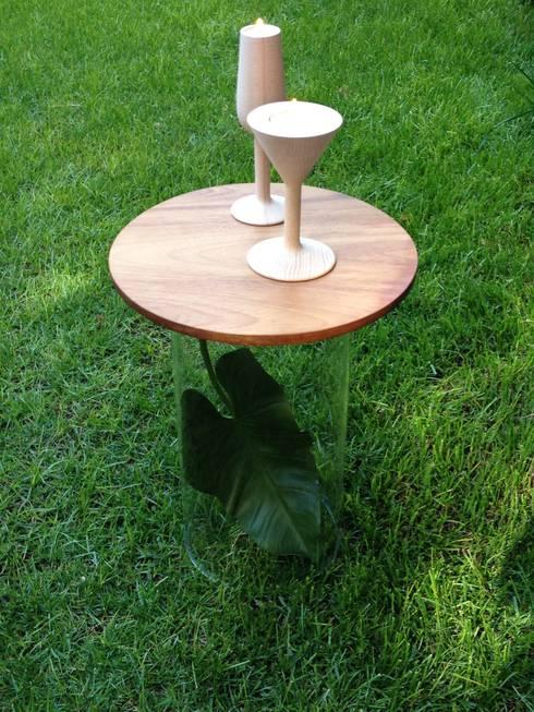 Fill-it mesa auxiliar: Jardín de estilo  de Kecocdesign