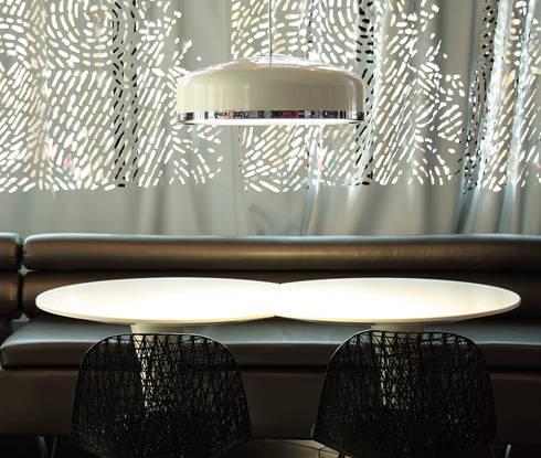 Cooper: Oficinas y tiendas de estilo  de Luz Difusion
