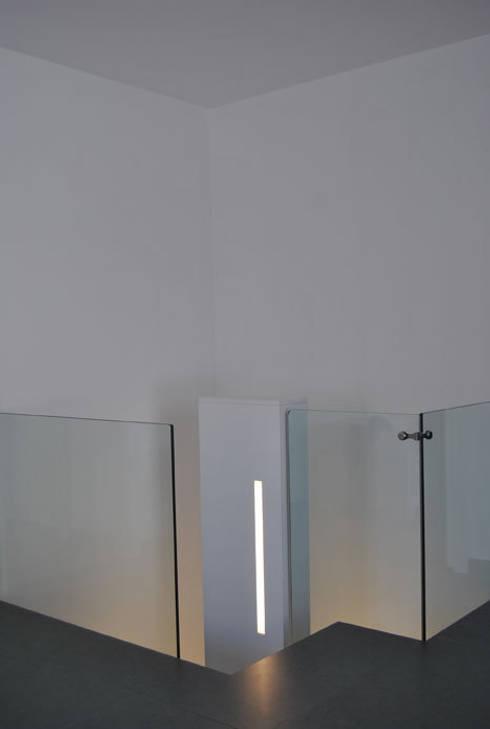 Appartamento Lecce:  in stile  di sebastiano canzano architetto
