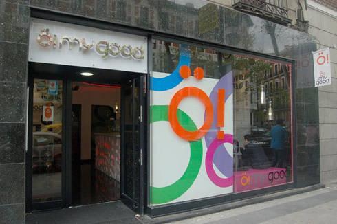 Frozen Yogurt Omygood: Comedores de estilo moderno de Arquitectura de Interior