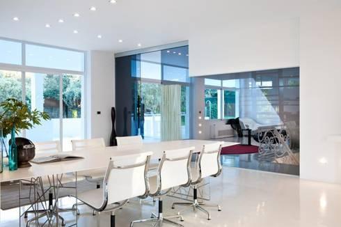Comedor - The White House: Comedores de estilo moderno de Bernadó Luxury Houses