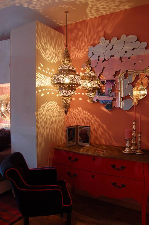 Pequeña Vivienda en Hontoria Segovia: Dormitorios de estilo ecléctico de Arquitectura de Interior