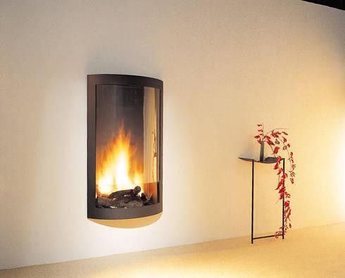 Pictofocus 1200 Fire: modern Living room by Diligence International Ltd
