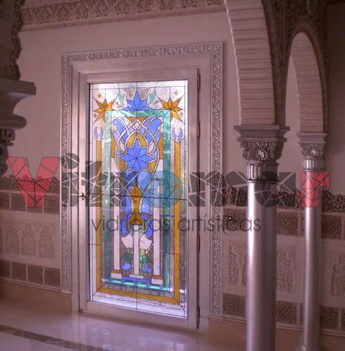 Vidriera puerta mudéjar:  de estilo  de Vitromar Vidrieras Artísticas