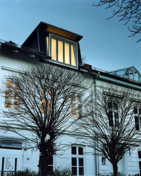 neue Gaube:  Häuser von and8 Architekten Aisslinger + Bracht