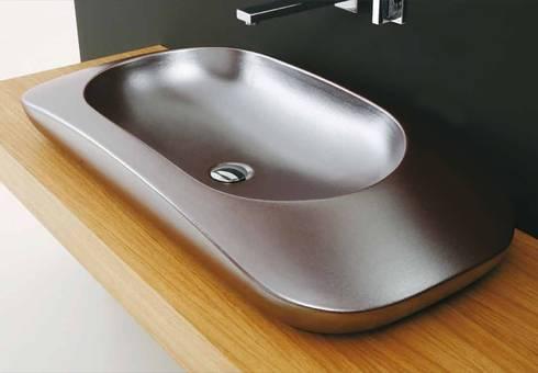 materia: Bagno in stile in stile Industriale di Massimiliano Braconi Designer