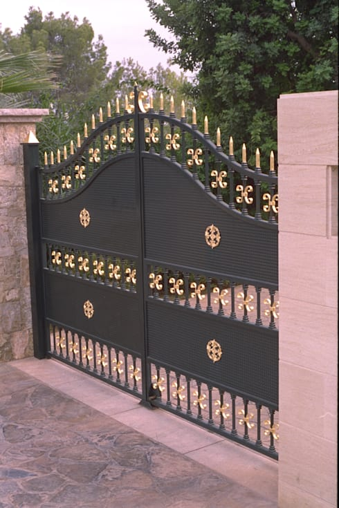 Finestre & Porte in stile in stile Coloniale di Illusionen mit Farbe