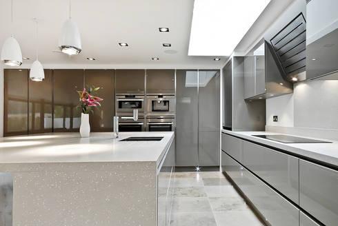 Portfolio: modern Kitchen by Pete Helme Photography