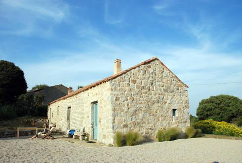 STAZZU RURAL HOUSES  Outdoor : Case in stile In stile Country di FTA Filippo Taidelli Architetto