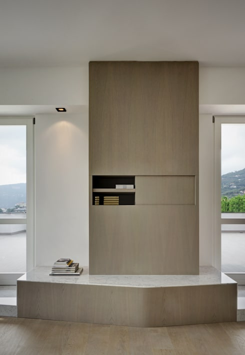 casa YM:  in stile  di es-arch