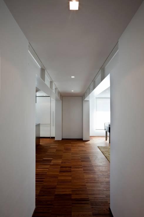 Casa DD: Cucina in stile  di C&P Architetti - Luca Cuzzolin + Elena Pedrina