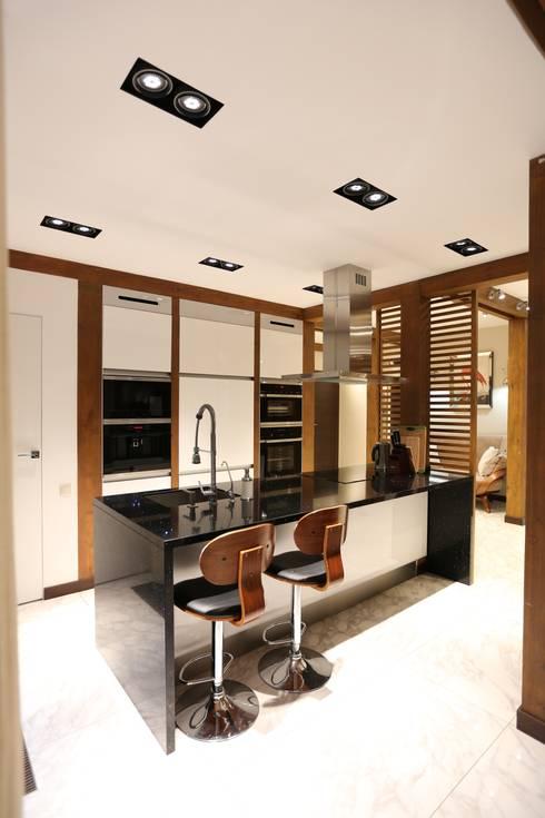 фото кухня:  в . Автор – Forma-T studio