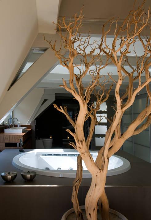 Projekty,  Łazienka zaprojektowane przez Marike