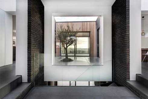 AR Design Studio- 4 Views:  Corridor & hallway by AR Design Studio