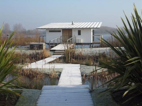AR Design Studio- The Boat House: modern Houses by AR Design Studio