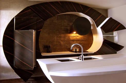 Cocinas con Curvatura como Diseño Innovador por Cucine Cassandra ...