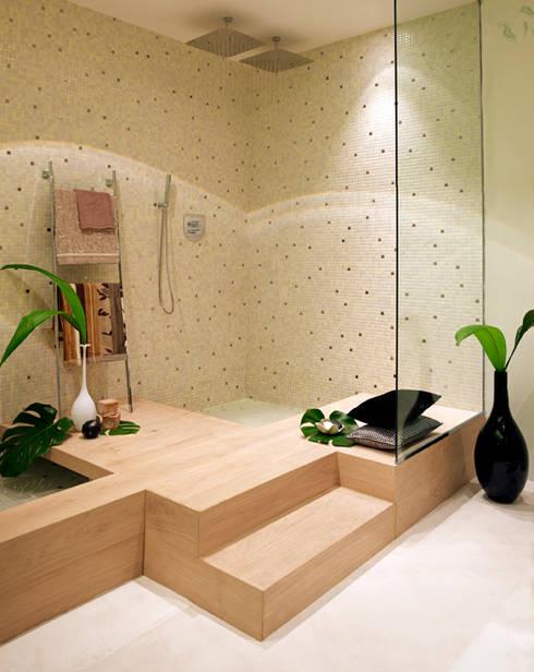 Bagno in stile  di BARASONA Diseño y Comunicacion
