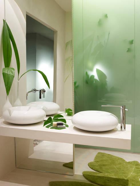 Neonaturaleza: Baños de estilo mediterráneo de BARASONA Diseño y Comunicacion